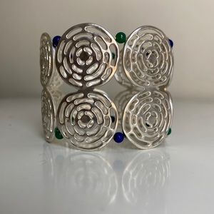 🎉5/20 SALE🎉 silver tone circle stretch bracelet